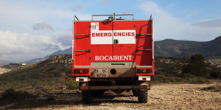 land rover santana camion de bomberos
